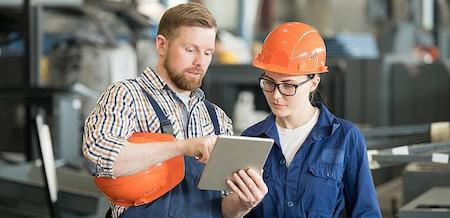 Industry 4.0's Current and Future Impact on the Deskless Worker